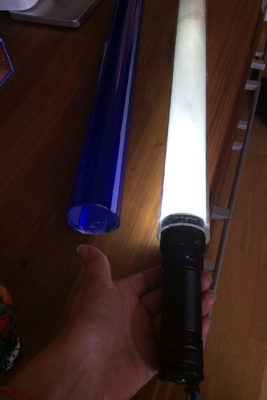 Flash light and tube Flash light inside the tube with tin foil + diffusing paper